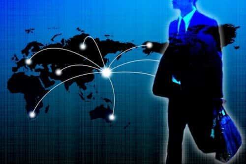 世界各国を飛び回るビジネスマン